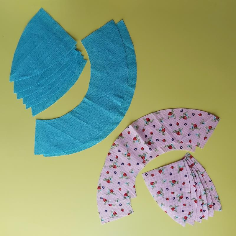 Sew reversible Kids Sun Hats Freckles and Co sewing pattern and tutorial