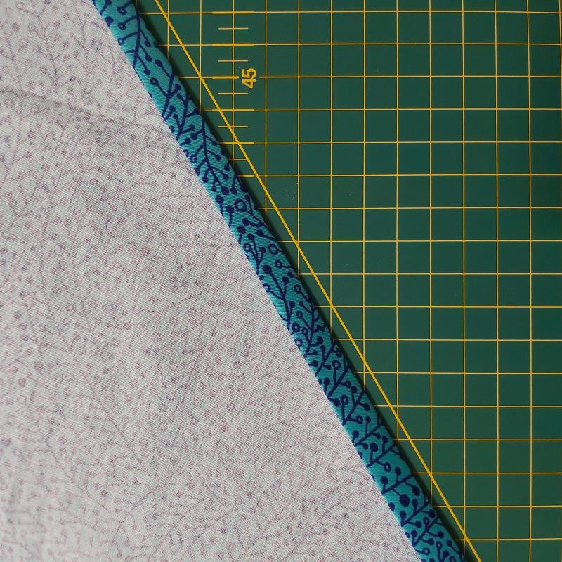 DIY Bias Binding and Piping Freckles and Co Sewing tutorial