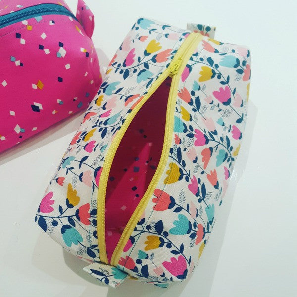Box bag sewing tutorial instructions at Stitch Studio UK