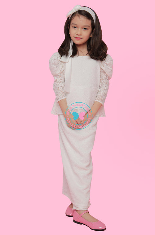 Puff Sleeves (Lace) Kurung - White