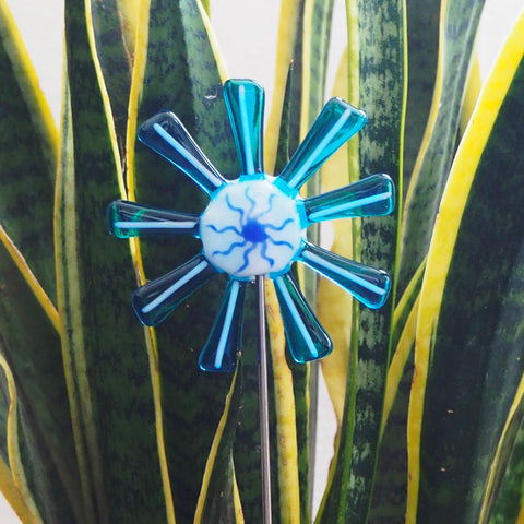 Turquoise and white flower stake - Fired Creations