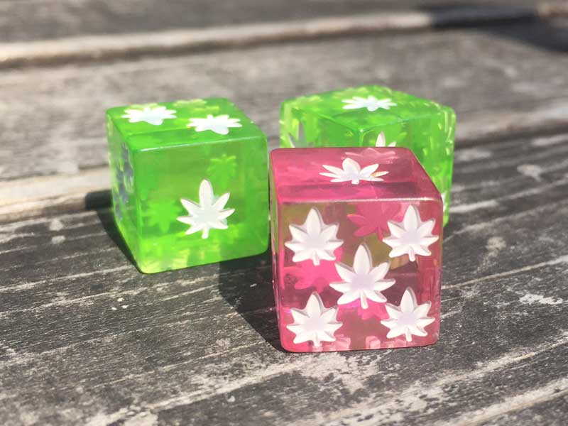 Rollin' High Dice Game by Mike Giant