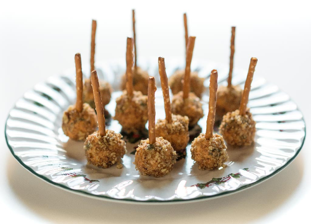 Hall's Beer Cheese Pops Put a Snap in Holiday Entertaining
