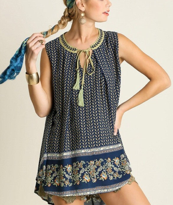 Sleeveless Border Print Key Hole Tunic