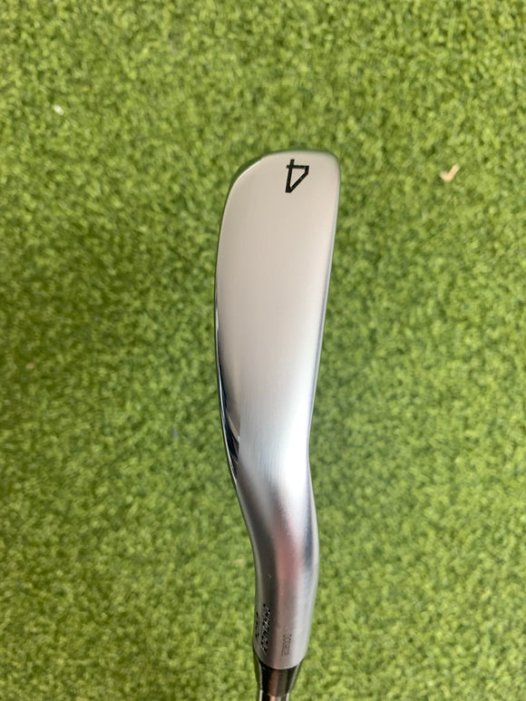 Mizuno JPX 921 Hot Metal Single 4 Iron, N.S. Pro 950 Neo Stiff Flex, RH
