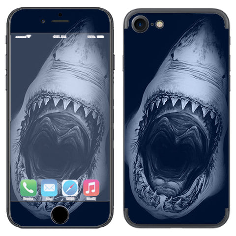 Shark Attack Apple iPhone 7 or iPhone 8 Skin