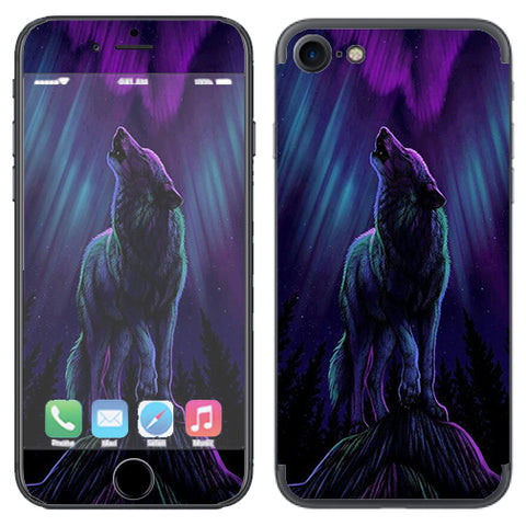 Wolf In Glowing Purple Background Apple iPhone 7 or iPhone 8 Skin