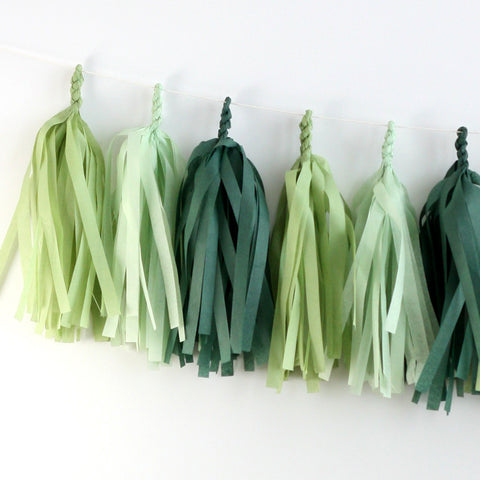 Evergreen Wreath Tissue Tassel Garland Kit