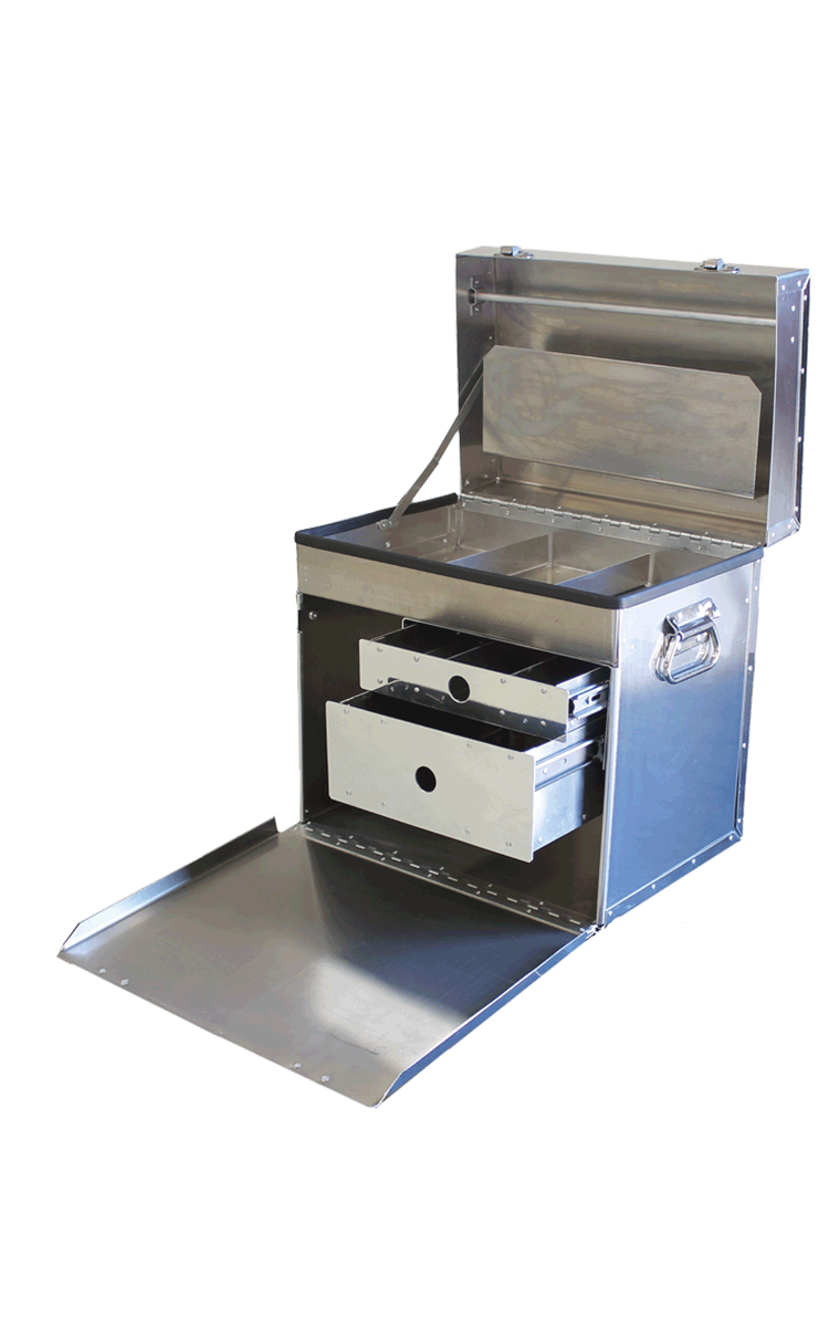 "DF400D ""Deluxe"" Tack Box - double drawer ... mirror finish"