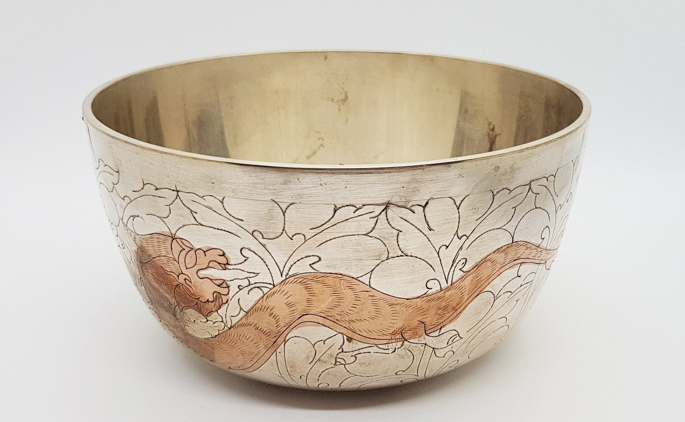 Deep Singbowl - Silver Dragon - For Space Clearing - Singbowls