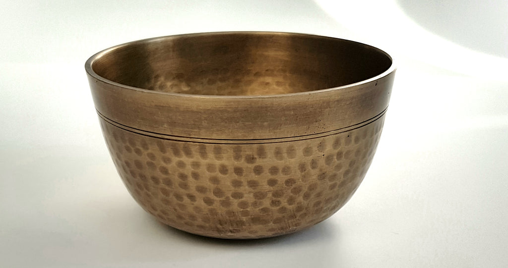 Meditation Singbowl - Deep Dotted Antique Plain