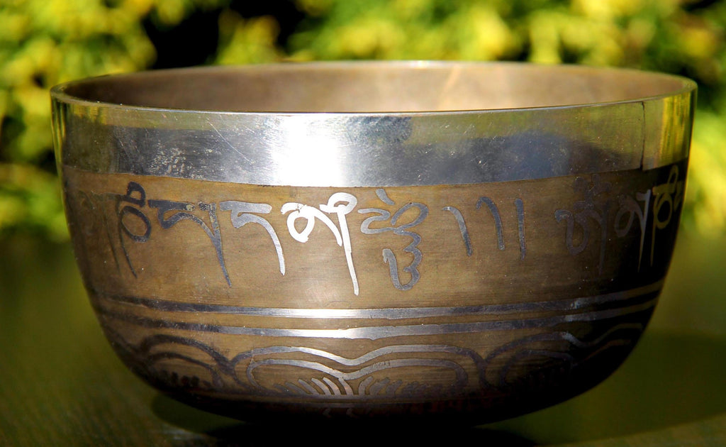 Deep Singbowl - Bronze Tibetan Mantra - For Meditation
