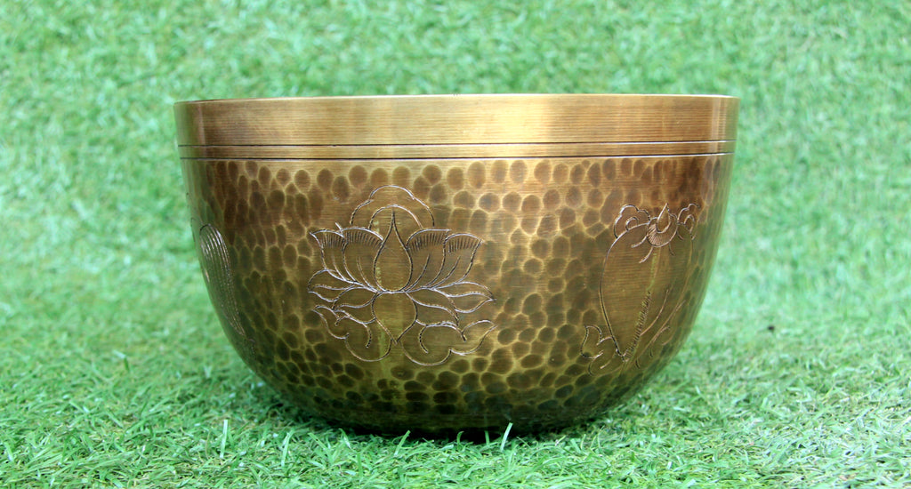 Deep Singbowl -  Dotted Antique Plain Asthamangala - For Meditation