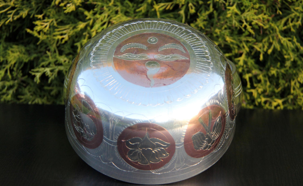 Deep Singbowl - Silver Ashtamangala - For Meditation