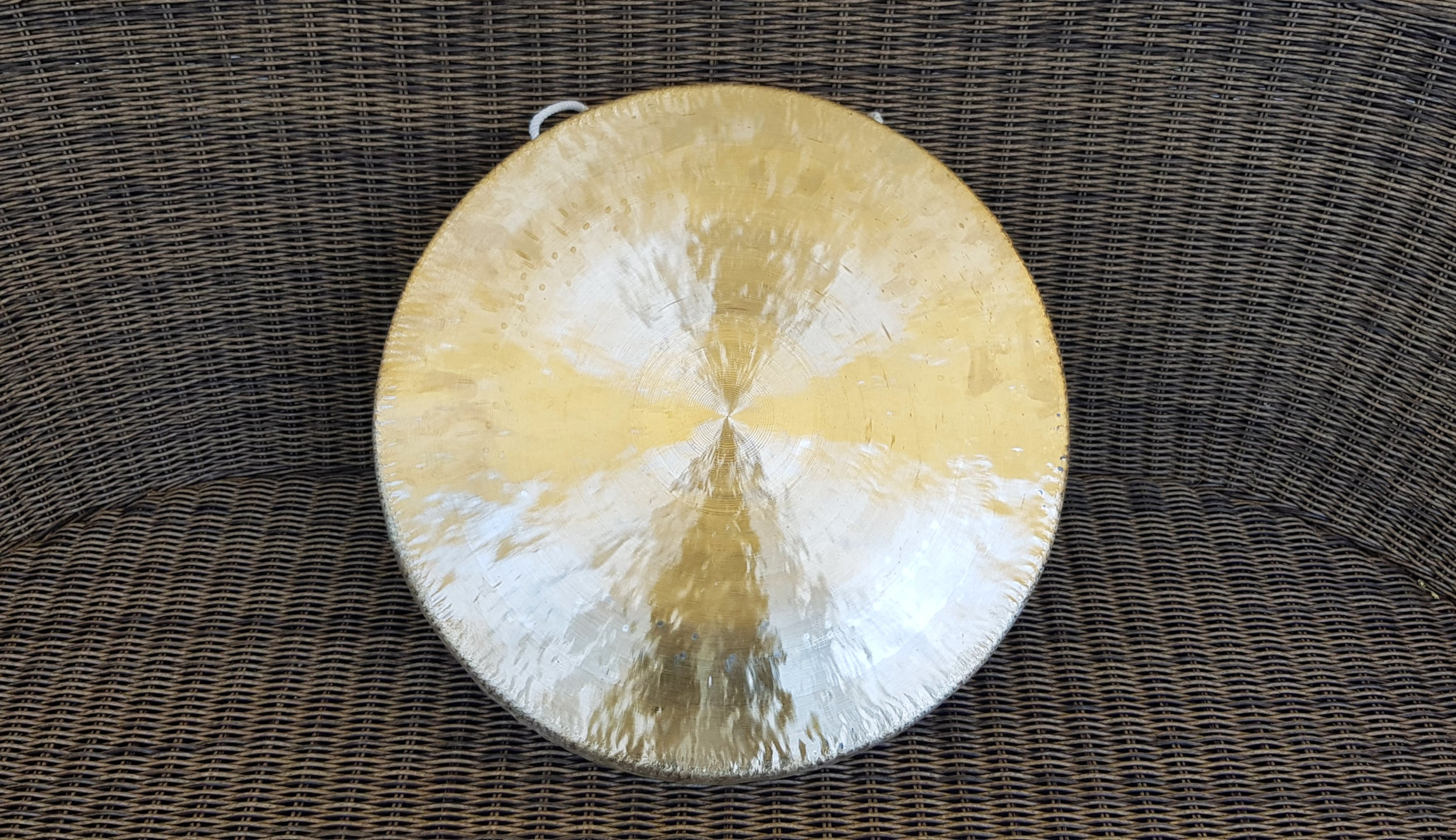Gongs - Pure Gongs - For Healing and Sound Bath - Singbowls
