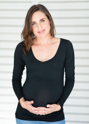 Essentials Maternity Top Long Sleeved - Black - Lonzi&Bean Maternity