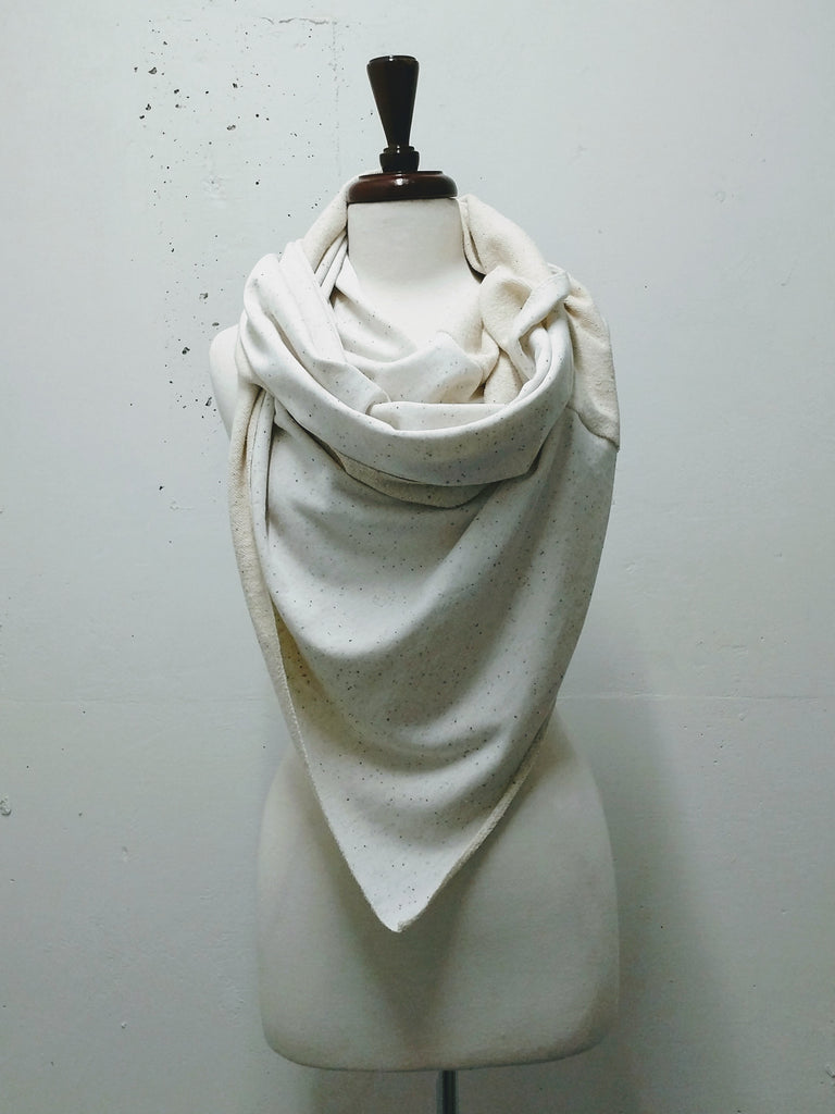 Twisted Blanket Circle Scarf - SS2019BS01