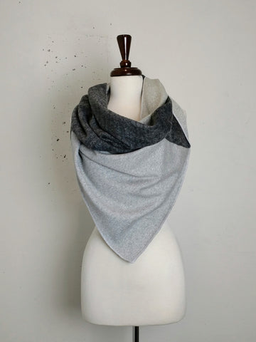 Twisted Blanket Circle Scarf - AW2018BS13