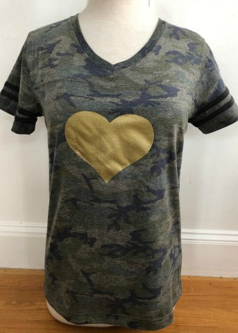 Camo V-Neck Short Sleeve Gold Heart