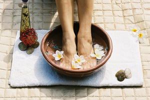 5 DIY Foot Soaks for Tired Feet