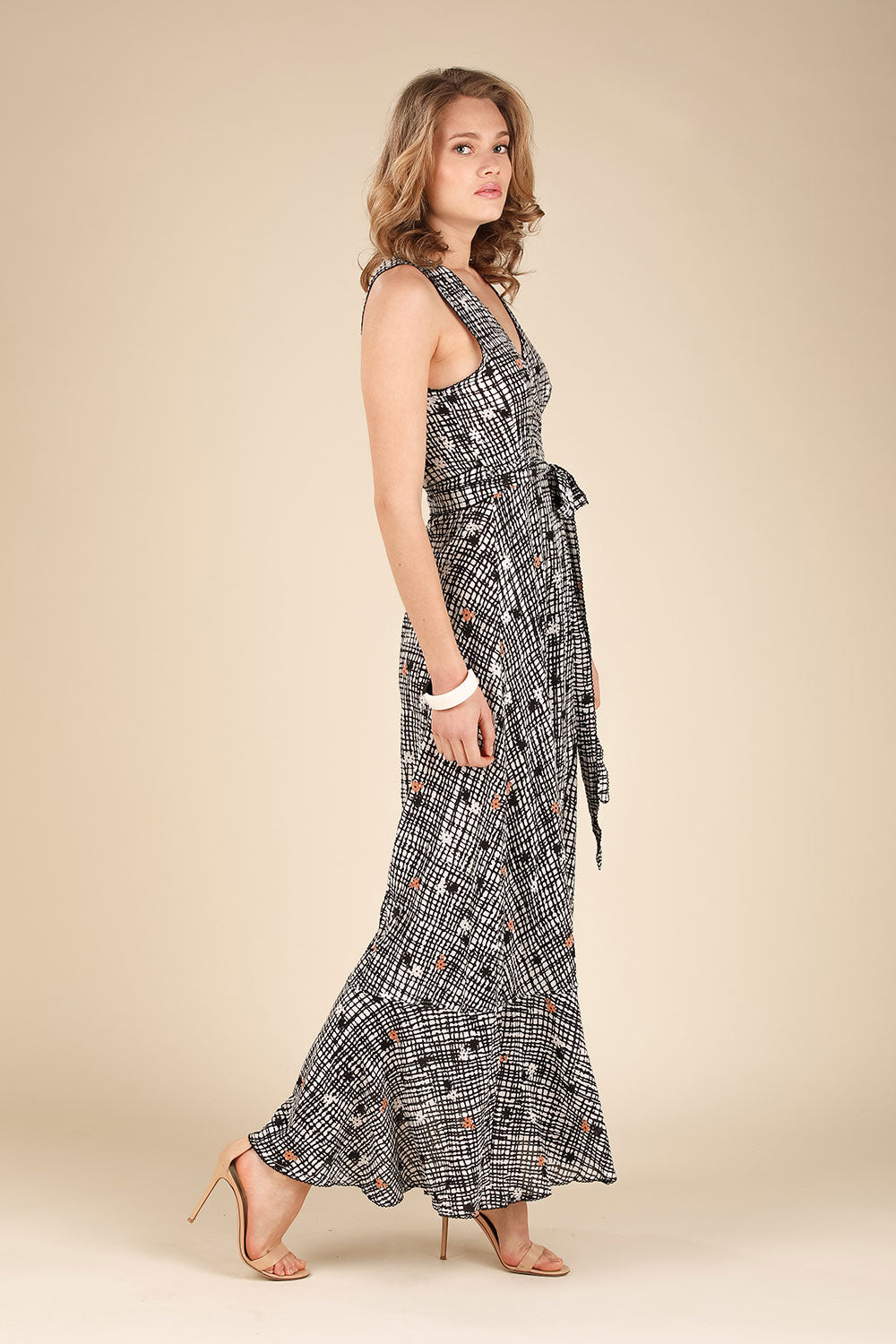 Long Dress Bonnie Layered - Black Maze