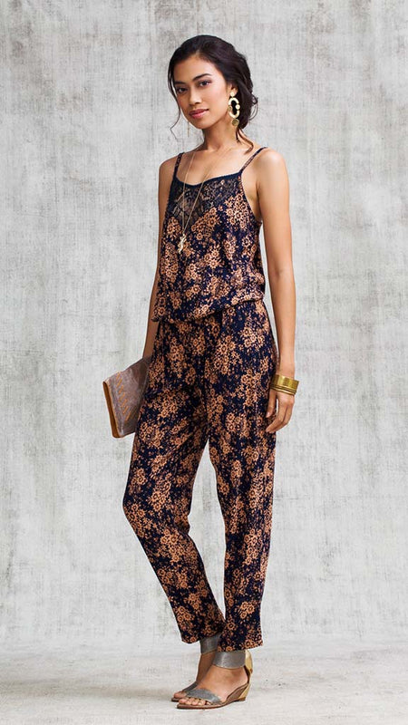 SHORT JUMPSUIT YOANA RUFFLED - ORANGE GEO BATIK VERTICAL
