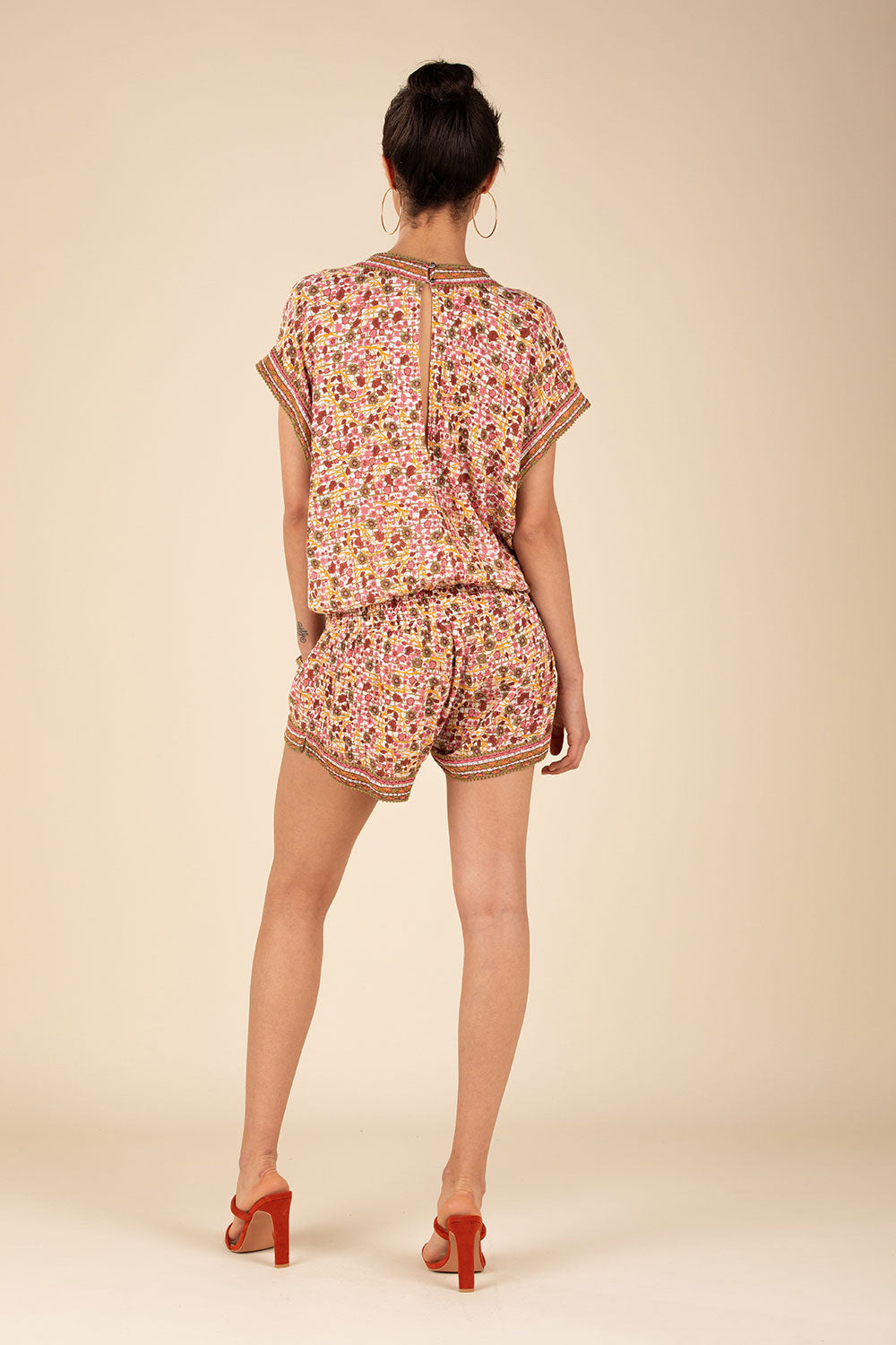 Short Jumpsuit Amora Pompom Trimmed - Pink Bloom
