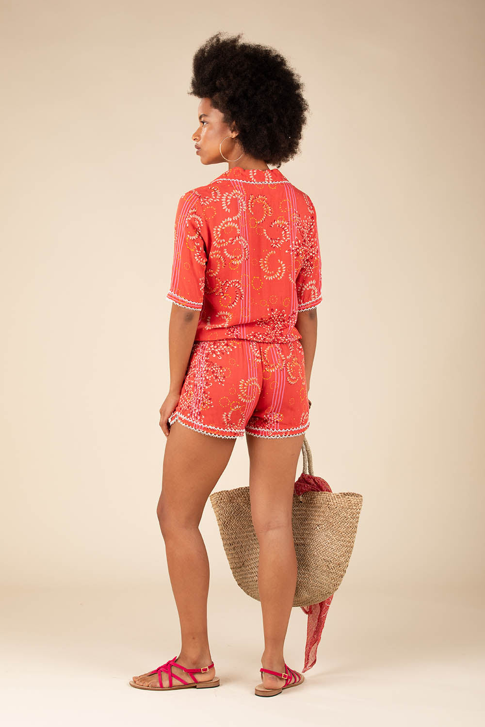Short Jumpsuit Foe Lace Trimmed - Pink Ameline