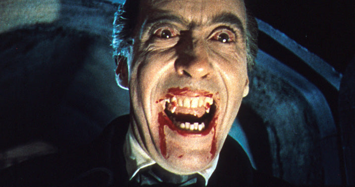 dracula vampiro da noite christopher lee close