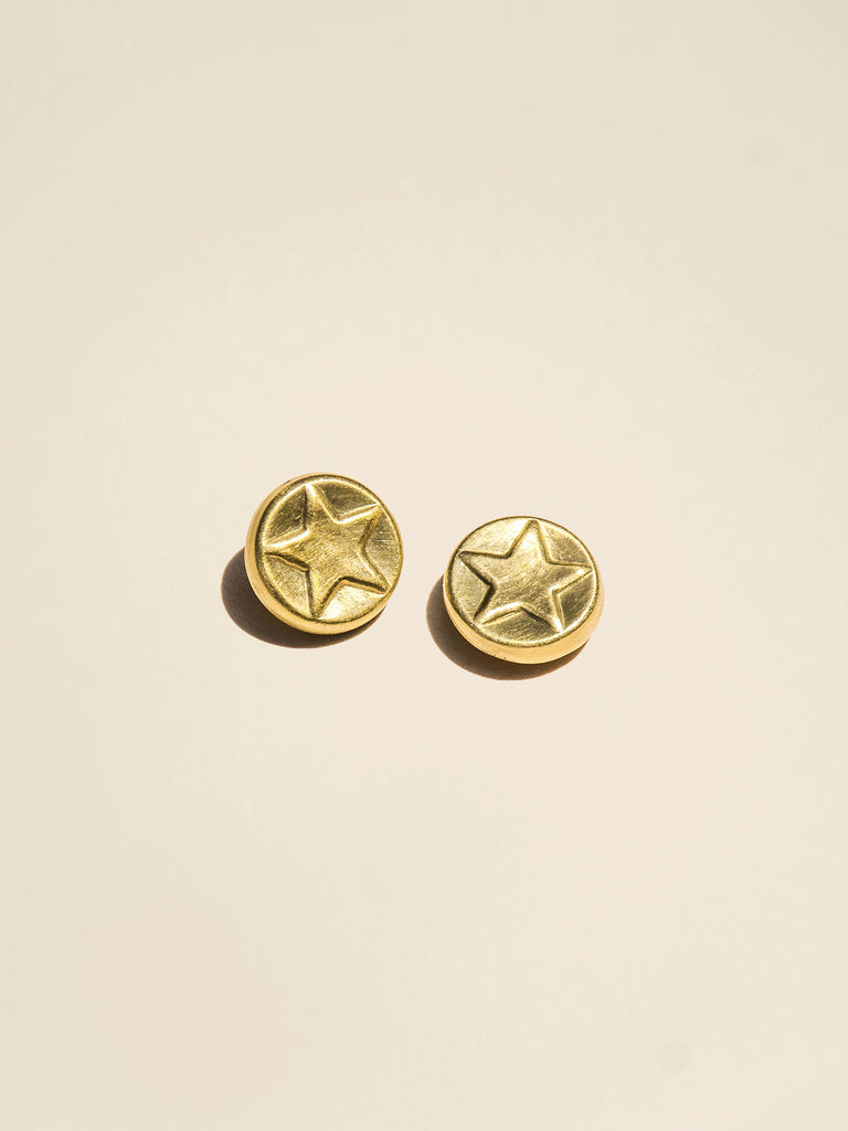 Embossed Star Brass Shank - Button Avenue - 3