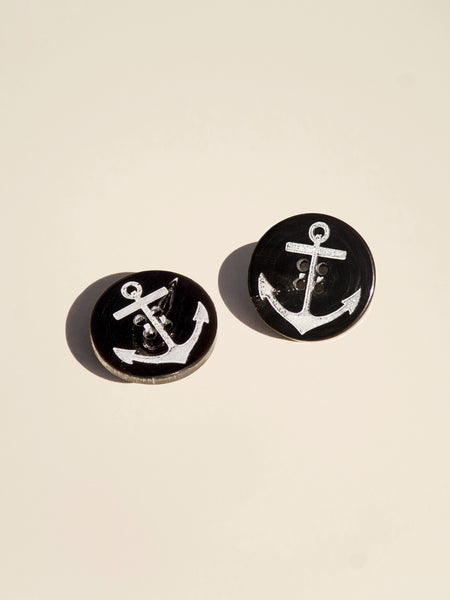 Simple Carved Anchor Button - Button Avenue