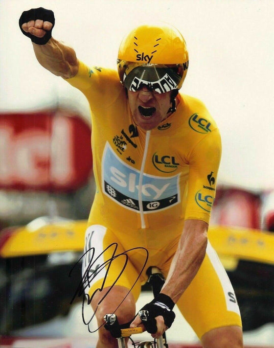 Bradley Wiggins Signed 10X8 Photo 2012 Tour de France AFTAL COA (G)
