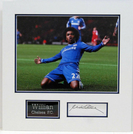 Willian Genuine Hand Signed Photo Mount Display CHELSEA F.C BRAZIL COA (A)