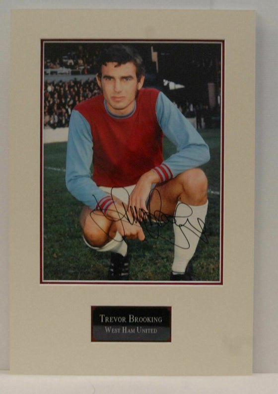 Trevor Brooking Genuine Signed 16X12 MOUNTED Photo West Ham United ENGLAND