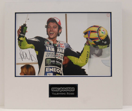 Valentino Rossi Original Hand Signed & Mounted PHOTO Autograph YAMAHA COA (A)