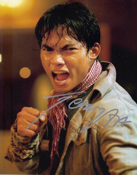 Tony Jaa Signed 10X8 Photo Ong-Bak: Muay Thai Warrior AFTAL COA (7327)