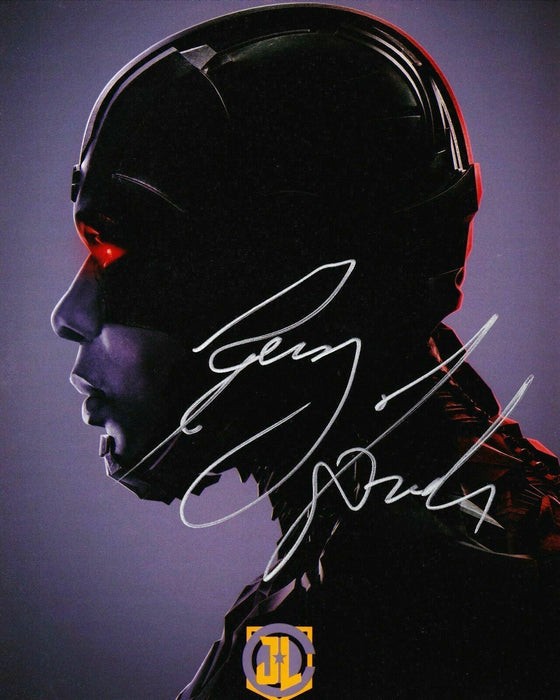 Ray Fisher Authentic Hand-Signed JUSTICE LEAGUE Cyborg 10x8 Photo AFTAL (7271)