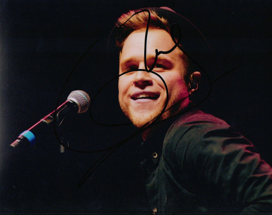 Olly Murs Genuine Hand Signed 10x8 Photo