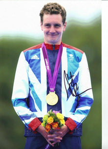 ALISTAIR BROWNLEE SIGNED 12X8 PHOTO TEAM GB TRIATHLON GOLD MEDALIST