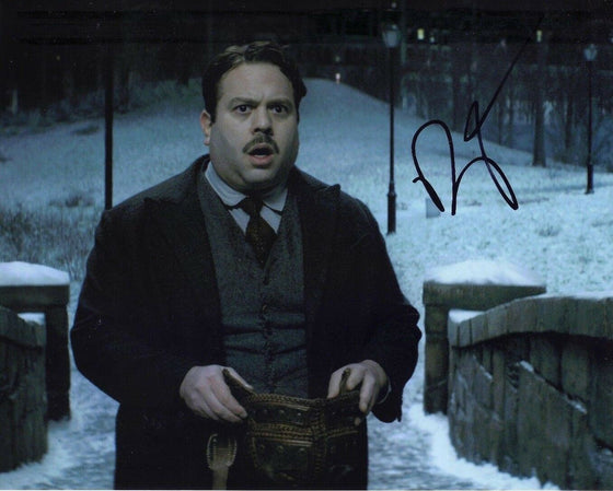 Dan Fogler Signed 10X8 Photo Fantastic Beasts AFTAL COA (5166)
