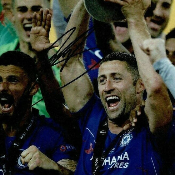 Gary Cahill Signed 10X8 PHOTO CHELSEA FC Genuine Signature AFTAL COA (1272)