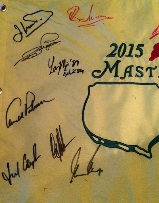 MASTERS 2015 FLAG SIGNED BY 15 PAST WINNERS ARNOLD PALMER & PHIL MICKLESON