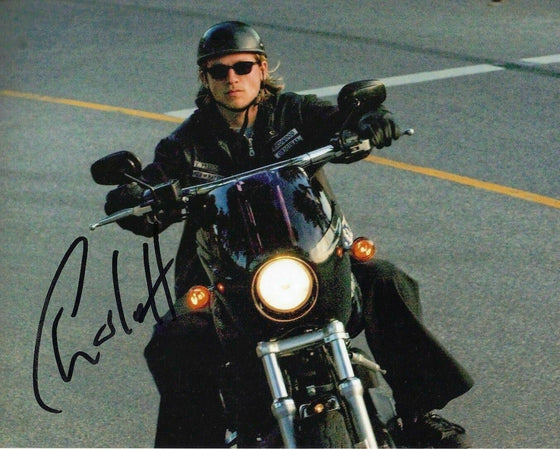 Charlie Hunnam Signed 10X8 Photo GENUINE Sons of Anarchy AFTAL COA (5513)
