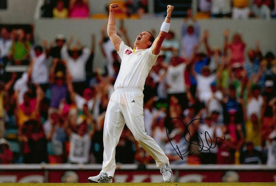 Peter Siddle Signed 12X8 Photo Cricket Australia AFTAL COA (2610)