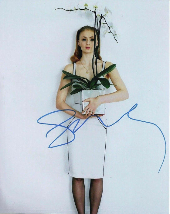 Sophie Turner Signed 10X8 Photo Game of Thrones SEXY IMAGE AFTAL COA (5657)
