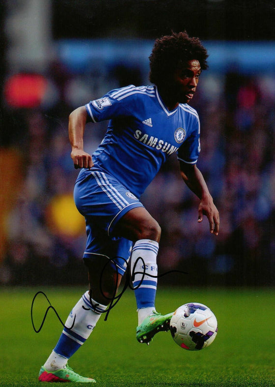 Willian Genuine Hand Signed Autograph In Person 12X8 Photo Chelsea F.C (1725)