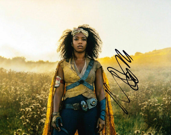 Naomi Ackie Signed 10X8 PHOTO Star Wars: The Rise of Skywalker AFTAL COA (B