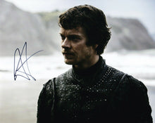 Alfie ALLEN Signed 10X8 Photo Game of Thrones Theon Greyjoy AFTAL COA (5585)
