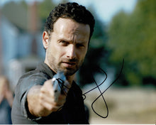 Andrew Lincoln Signed 10X8 Photo Walking Dead GENUINE SIGNATURE AFTAL COA (5527)