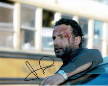 Andrew Lincoln Signed 10X8 Photo Walking Dead GENUINE SIGNATURE AFTAL COA (5544)